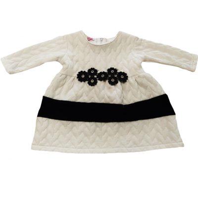 Φόρεμα λευκό με μαύρα λουλουδάκια